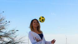 Sports - happy in winter by Yo